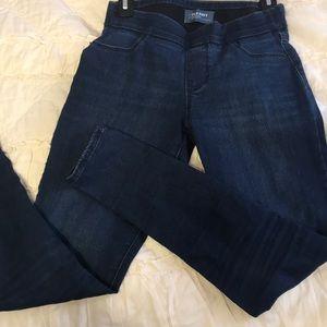 Super cute Oldnavy rockstar stretch jeans!